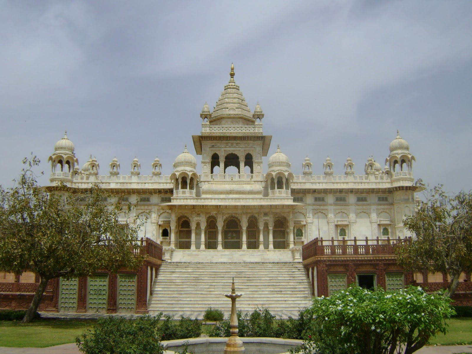 Highlights of Rajasthan 5N/6D Holiday Package   Best offers